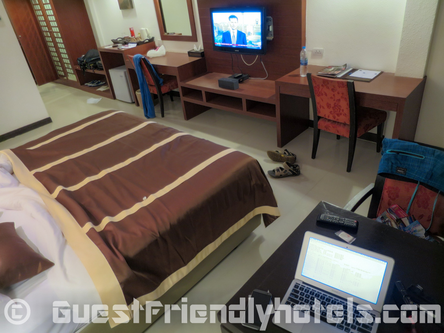 Catching a glimspe of the Deluxe Room inside Patong Bay Garden Resort