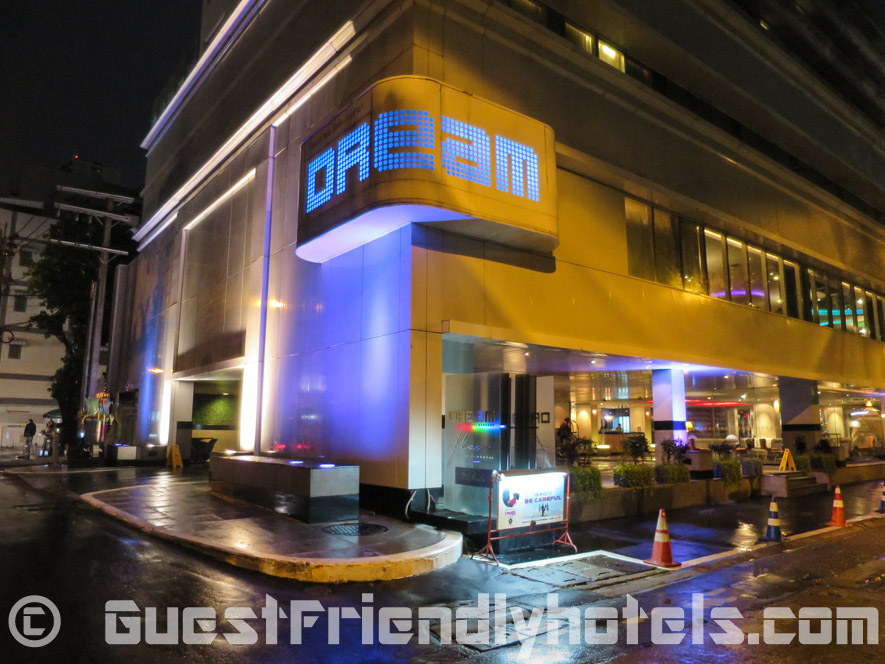 Exterior of the Dream Hotel Bangkok-2