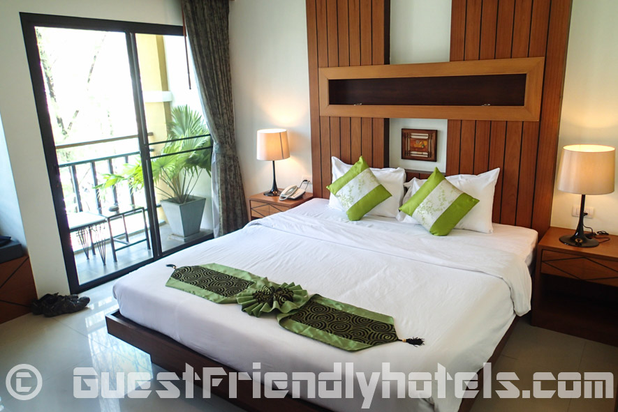 My Superior Double with balcony at the Chambre Patong hotel