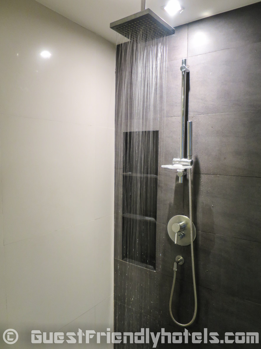 Nice enclosed shower in the bathroom of the Fraser Suites Sukhumvit Serviced Apartment
