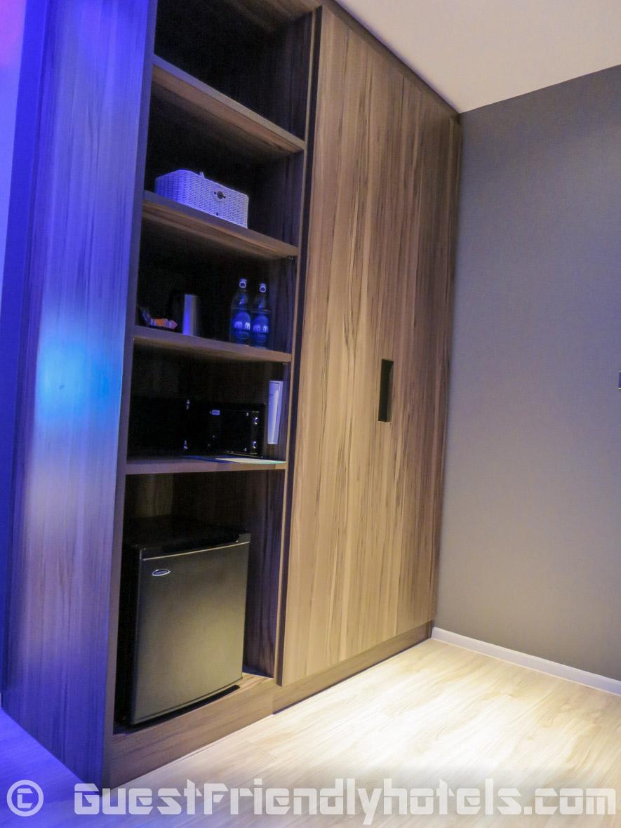 Wardrobe with mini-bar area in Superior rooms of the Tweet Tweet Nest Pattaya Hotel