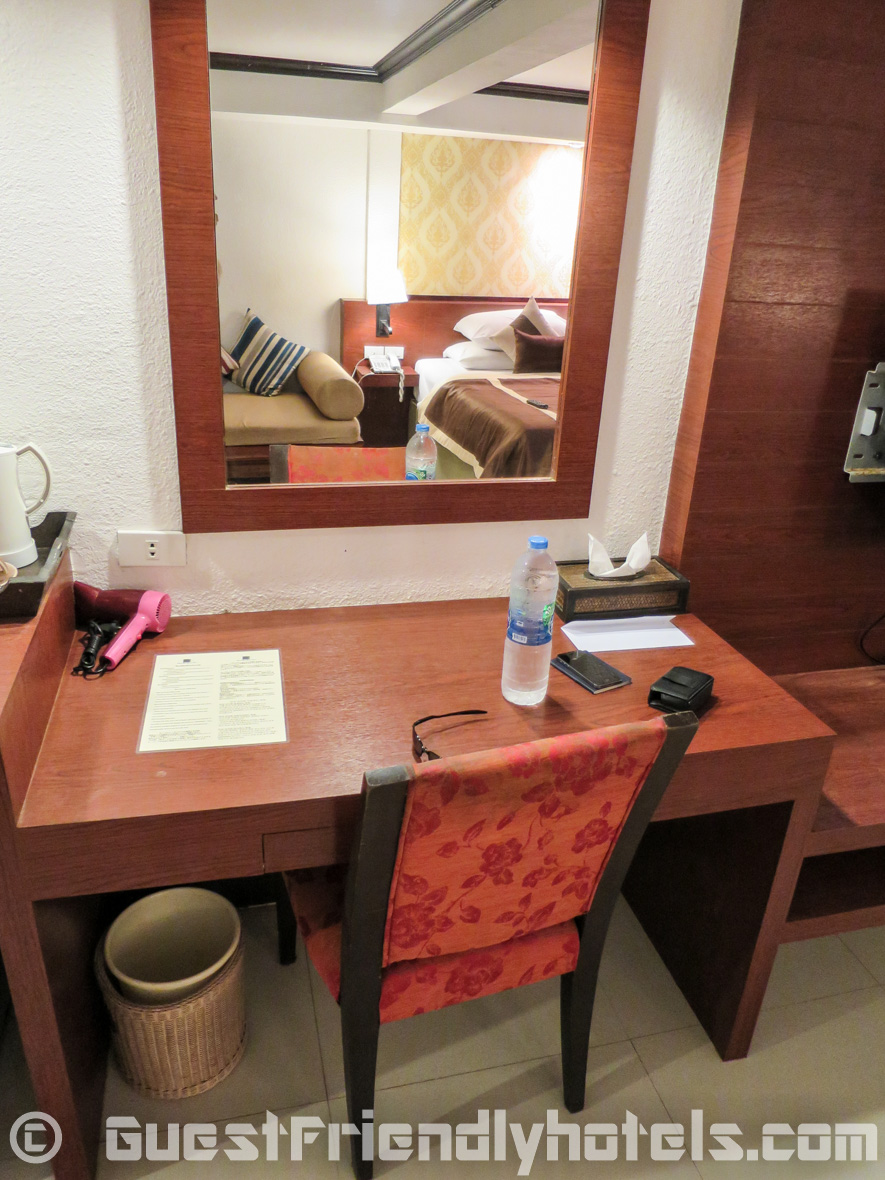 desk and chair area insde rooms of the Patong Bay Garden Resort